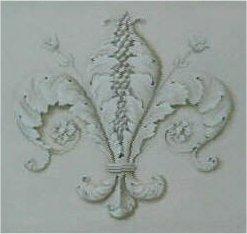 Particolare di stemma gigliato eseguito in chiaro scuro - tempera su muro. Villa privata - Firenze
